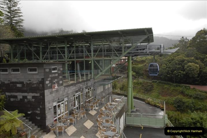 2011-04-18. Funchal, Madeira. Transport.  1 (75)279