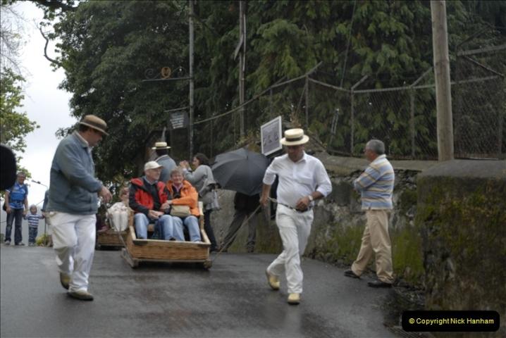 2011-04-18. Funchal, Madeira. Transport.  1 (81)285