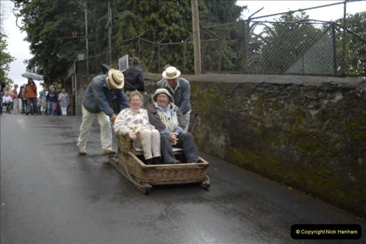 2011-04-18. Funchal, Madeira. Transport.  1 (82)286