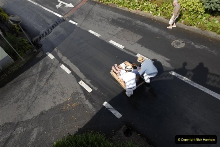 2011-04-18. Funchal, Madeira. Transport.  1 (83)287