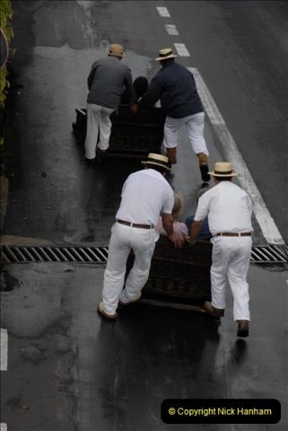 2011-04-18. Funchal, Madeira. Transport.  1 (88)292