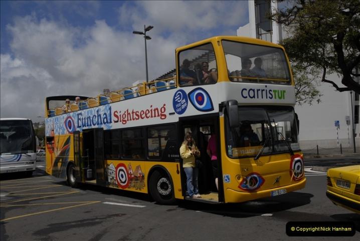 2011-04-18. Funchal, Madeira. Transport.  1 (97)301