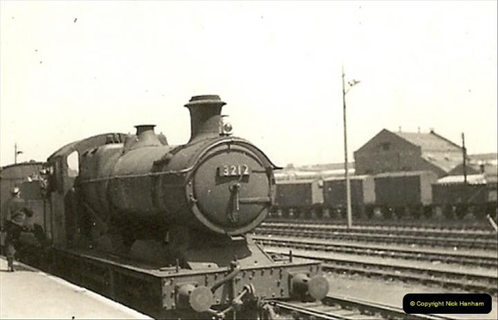 1955 to 1959 British Railways in Black & White.  (10)0010