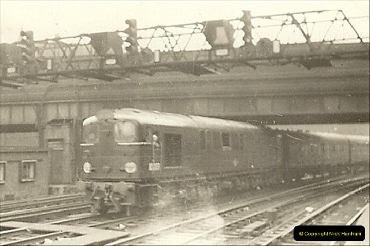 1955 to 1959 British Railways in Black & White.  (24)0024