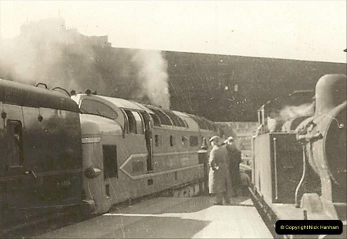 1955 to 1959 British Railways in Black & White.  (25)0025