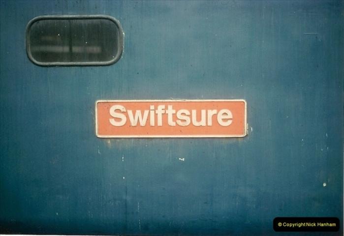 1981-04-04 Salisbury, Wiltshire.  (4)0270