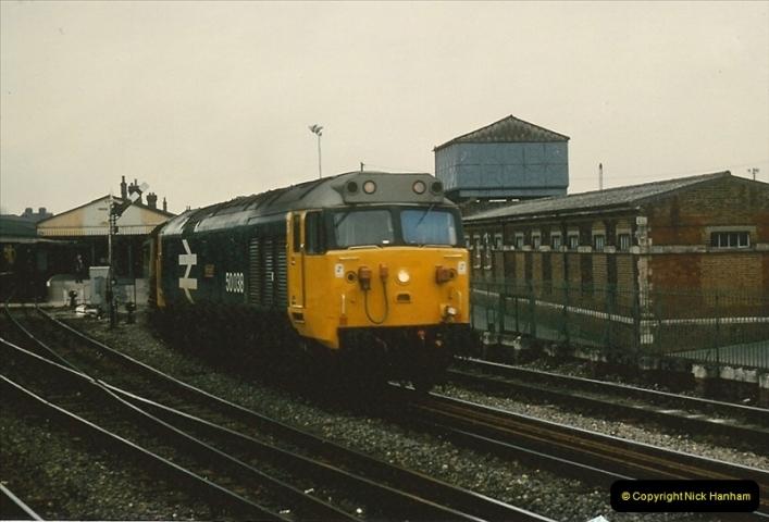 1981-04-04 Salisbury, Wiltshire.  (5)0271