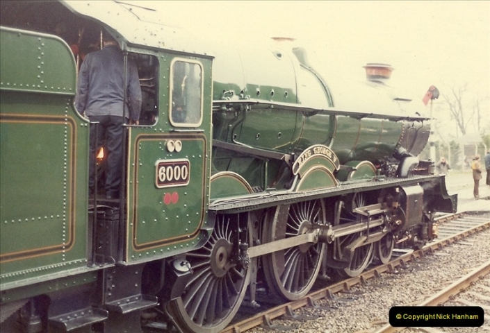 1981-04-25 The Solent Express to North Wales & Chester, Cheshire.  (10)0281