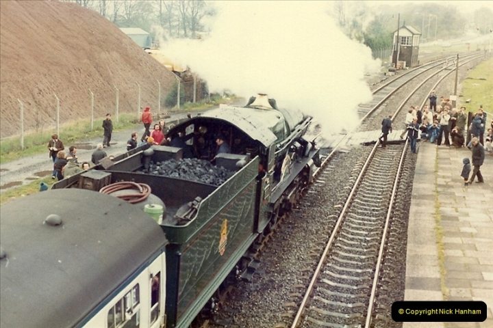 1981-04-25 The Solent Express to North Wales & Chester, Cheshire.  (11)0282