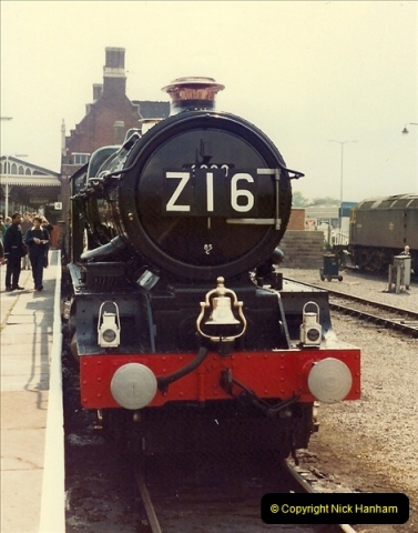 1981-04-25 The Solent Express to North Wales & Chester, Cheshire.  (2)0273