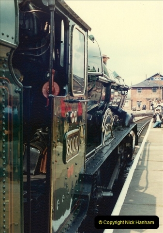 1981-04-25 The Solent Express to North Wales & Chester, Cheshire.  (3)0274