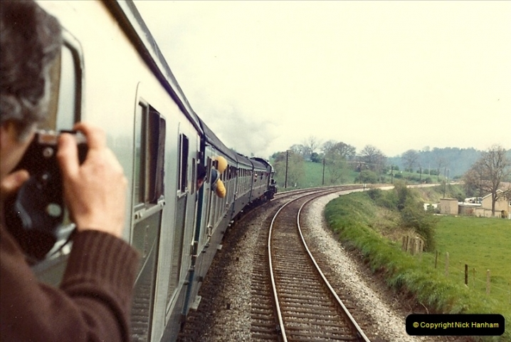 1981-04-25 The Solent Express to North Wales & Chester, Cheshire.  (5)0276
