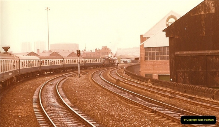 1981-10-24 The Southern Knight to York & The North East.  (4)0287