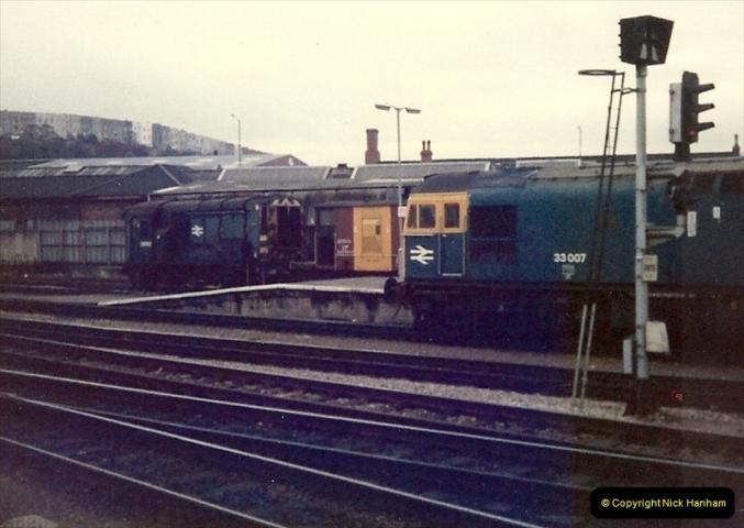 1981-11-17 Bristol Temple Meads, Bristol.  (10)0311