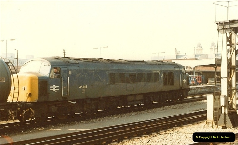 1982-03 26 to 27 Bristol Temple Meads, Bristol.  (7)0329