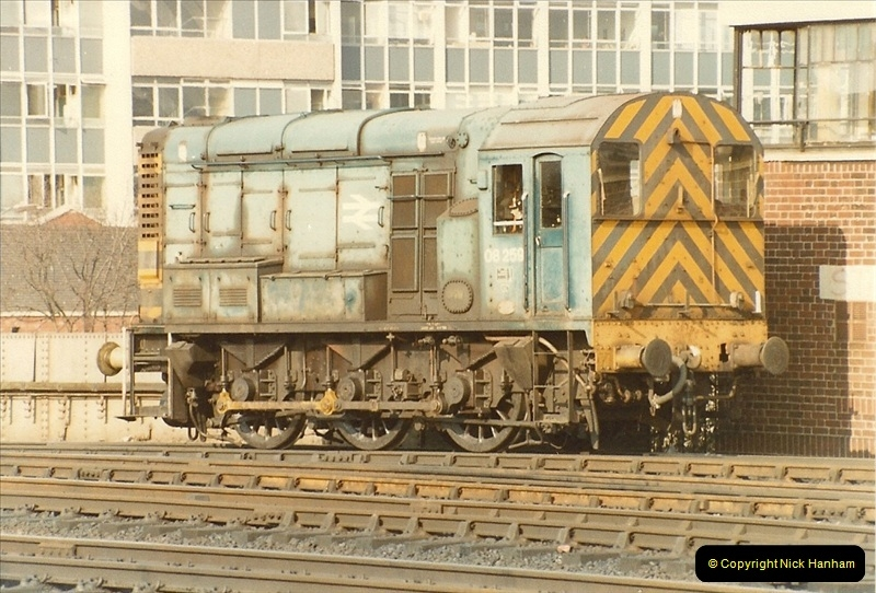 1982-03 26 to 27 Bristol Temple Meads, Bristol.  (9)0331