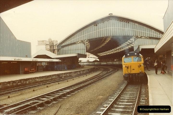 1982-04-23 Bristol Temple Meads, Bristol.  (5)0358