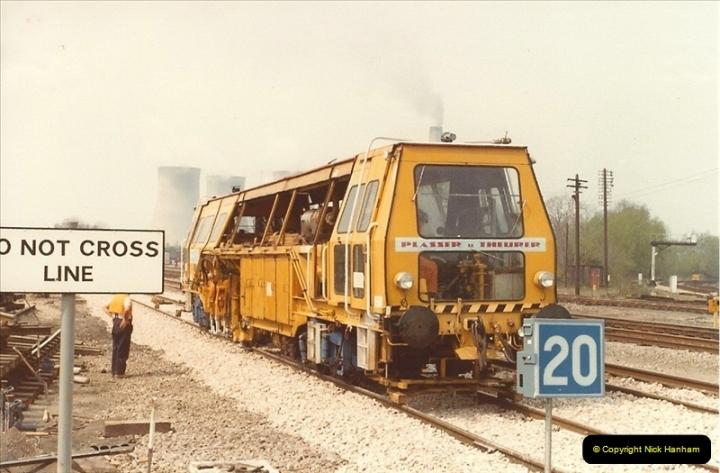 1982-04-25 Didcot, Wiltshire.  (4)0404