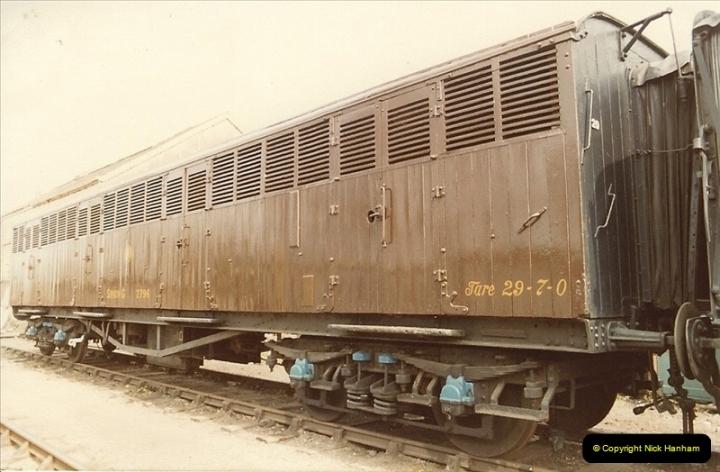 1982-04-25 Didcot, Wiltshire.  (8)0408