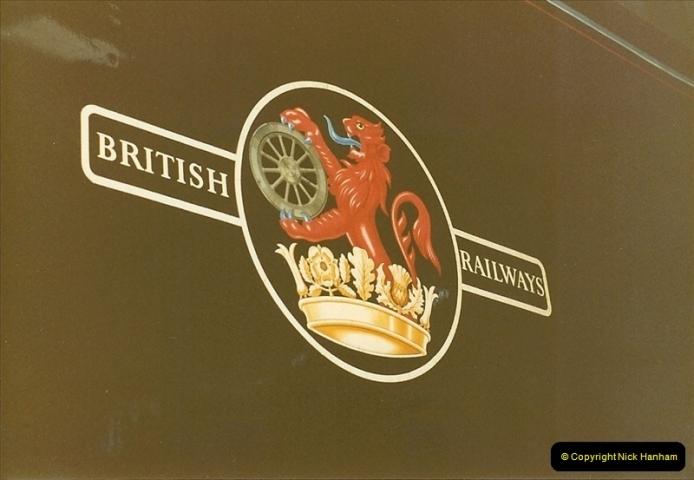 1982-10-09 Avon Causeway Pub, Avon, Dorset.  (1)0487