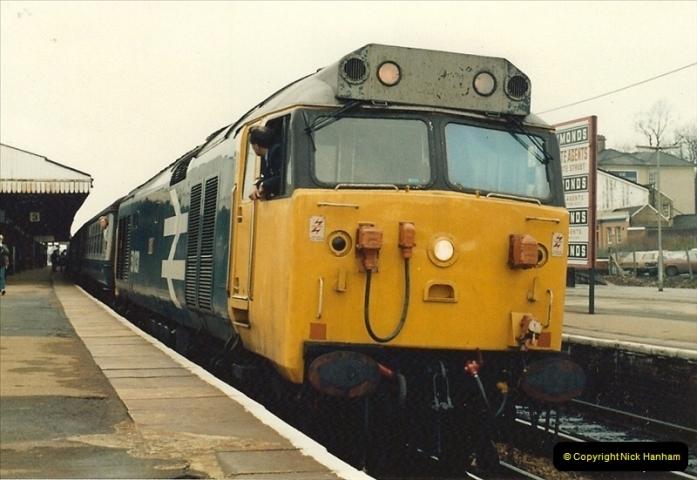 1982-12-04 Salisbury, Wiltshire.  (10)0501