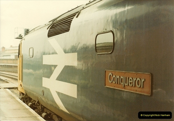 1982-12-04 Salisbury, Wiltshire.  (8)0499