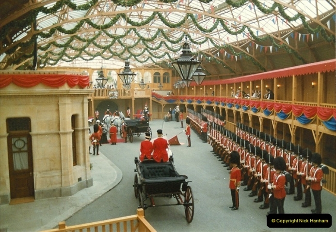1983-09-01 Royality & Railways, Windsor Station, Windsor, Berkshire.  (12)0518