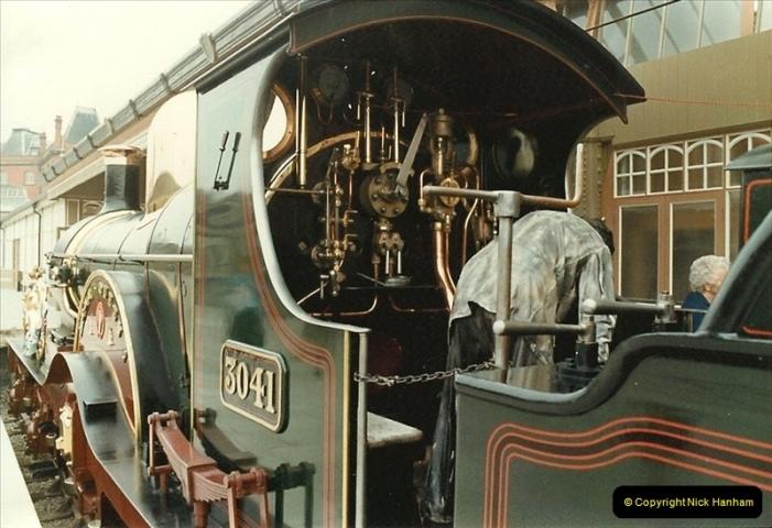 1983-09-01 Royality & Railways, Windsor Station, Windsor, Berkshire.  (3)0509