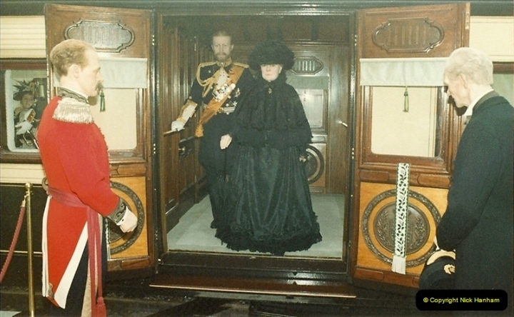 1983-09-01 Royality & Railways, Windsor Station, Windsor, Berkshire.  (9)0515