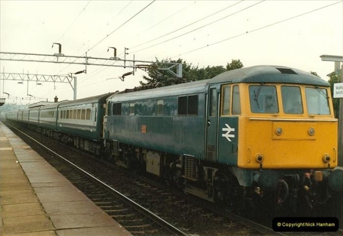 1983-09-01 to 02 Watford Junction, Watford, Hertfordshire.  (15)0536