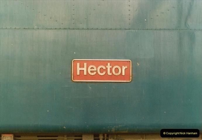 1983-09-01 to 02 Watford Junction, Watford, Hertfordshire.  (16)0537