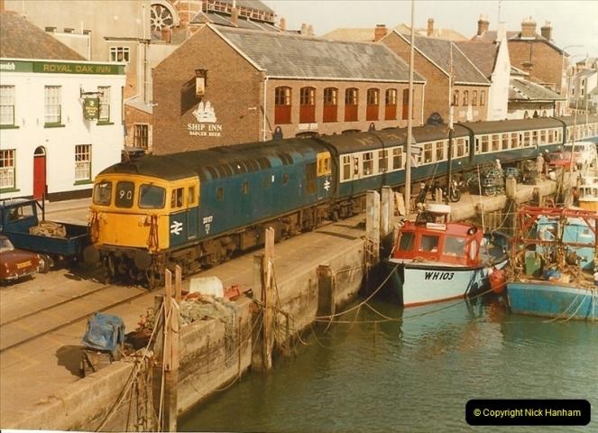 1983-09-22 The Channel Island Boat Train Weymouth Quay to Weymouth Station, Weymouth, Dorset.  (17)0562