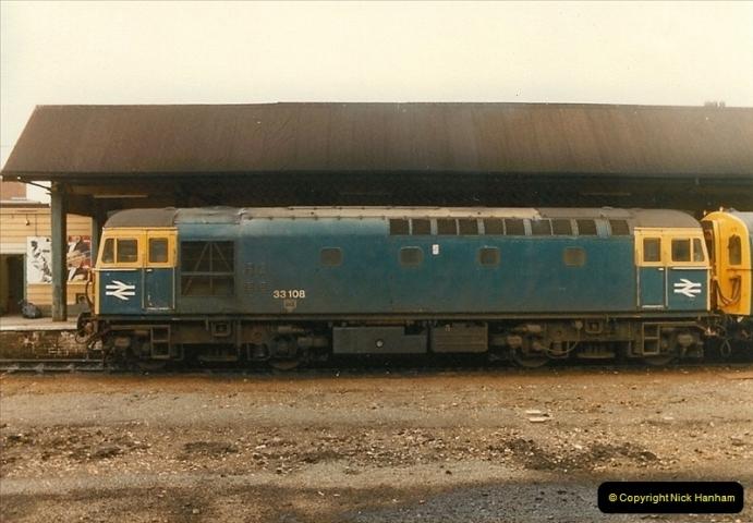 1983-09-22 The Channel Island Boat Train Weymouth Quay to Weymouth Station, Weymouth, Dorset.  (25)0570