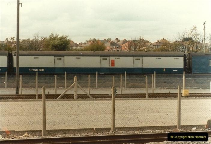 1983-09-22 The Channel Island Boat Train Weymouth Quay to Weymouth Station, Weymouth, Dorset.  (26)0571