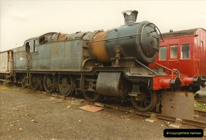 1984-04-08 Quainton Road, Aylesbury, Buckinghamshire.   (2)0677