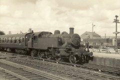 1955 to 1959 British Railways in Black & White.  (53)0053