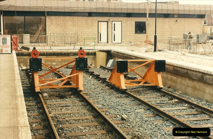 1986-03-24 The new station @ Weymouth, Dorset takes shape.  (3)0158