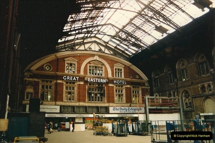 1986-11-22 Liverpoole Street Station, London.  (2)0353