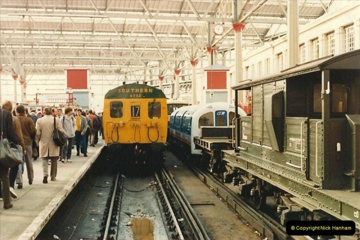 1986-11-22 Network Day @ Waterloo Station, London.   (12)0381