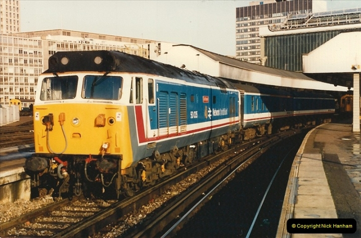 1986-11-22 Network Day @ Waterloo Station, London.   (2)0371