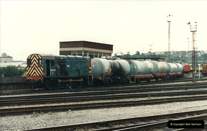 1987-09-21 to 23 Bristol Temple Meads, Bristol.  (94)0726