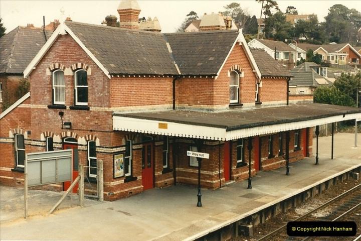 1986-03-26 Parkstone, Poole, Dorset.  (4)0123