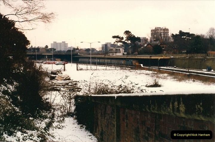 1987-01-14 to 17 Bournemouth, Dorset.  (21)0255