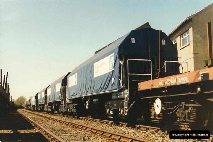 1987-04-14 Hamworthy, Poole, Dorset.  (13)0297