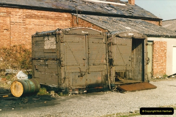 1987-04-14 Hamworthy, Poole, Dorset.  (3)0287