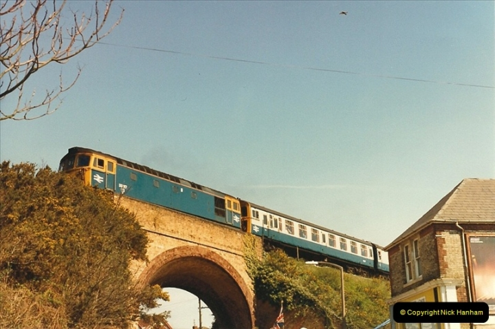 1987-04-20 Parkstone, Poole, Dorset.  (7)0306