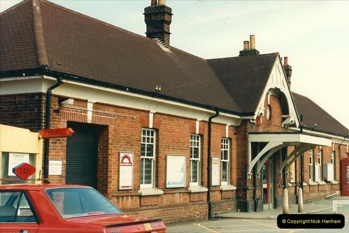 1987-04-29 Christchurch, Dorset.  (1)0310