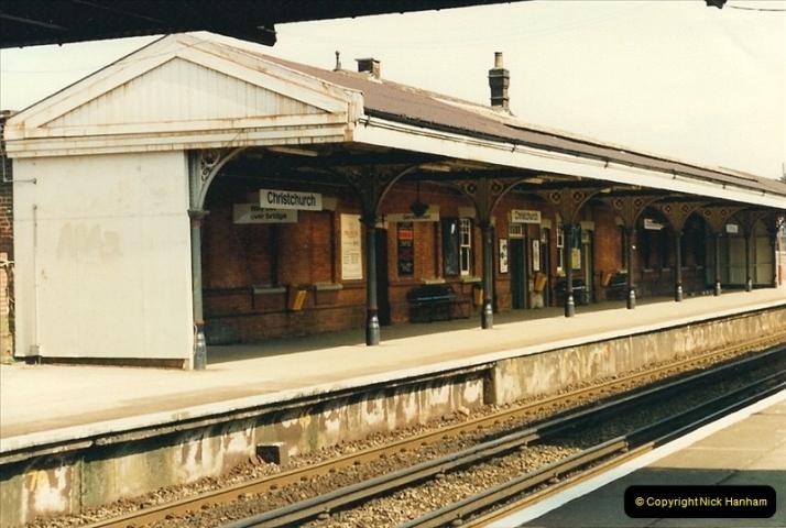 1987-04-29 Christchurch, Dorset.  (2)0311