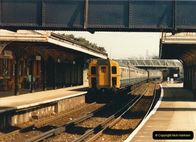1987-04-29 Christchurch, Dorset.  (8)0317
