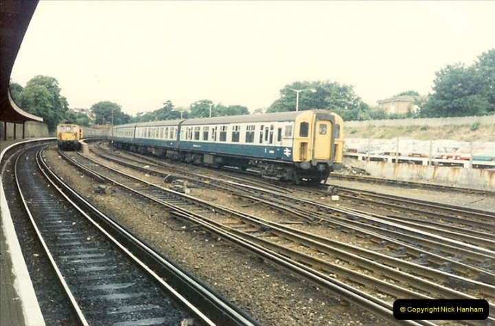 1987-06-06 Bournemouth, Dorset.  (11)0333